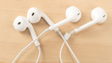 Comfort of real and fake Apple earpods