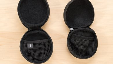 Bose SoundSport Wireless open case